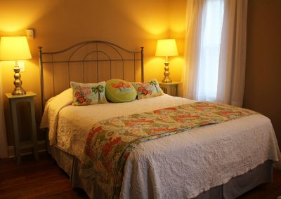 Jersey Shore Queen Room with private bath and fireplace