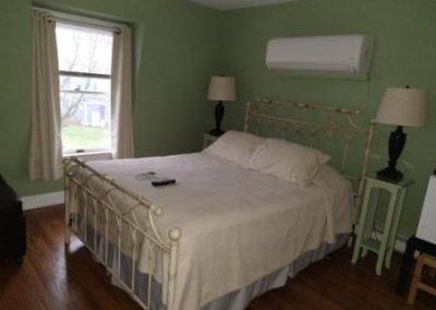 Jersey Shore Hotel Queen Bed